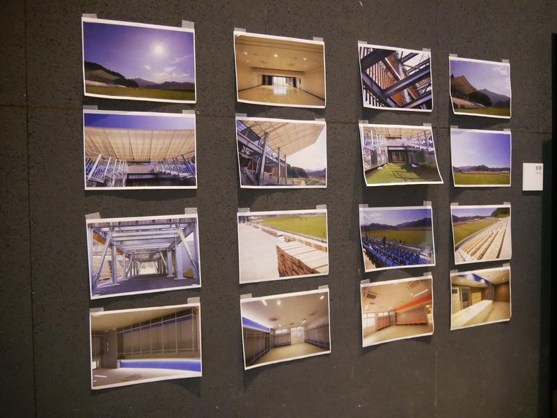 ワークショップでは、釜石鵜住居復興スタジアムの写真や設計図までが張り出されていた