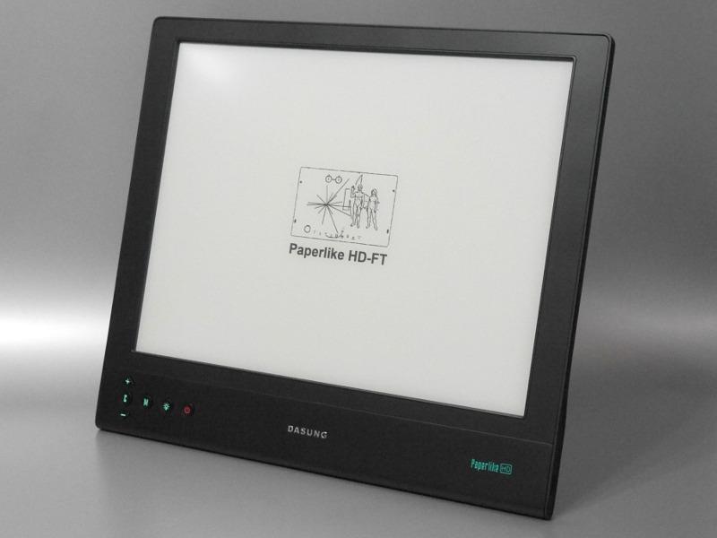 本体外観。以前紹介した「Paperlike HD」とは、ボタン数を除けばほぼ同じデザイン。アスペクト比は4:3