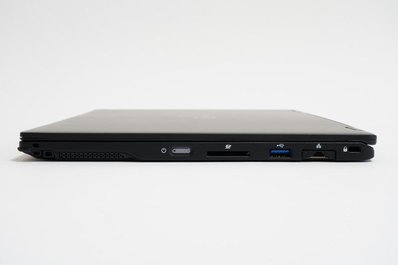 本体右側面。左からペンホルダー、スピーカー、電源ボタン、SDカードスロット、USB 3.1 Type-A、有線LAN端子、セキュリティロックスロットを用意