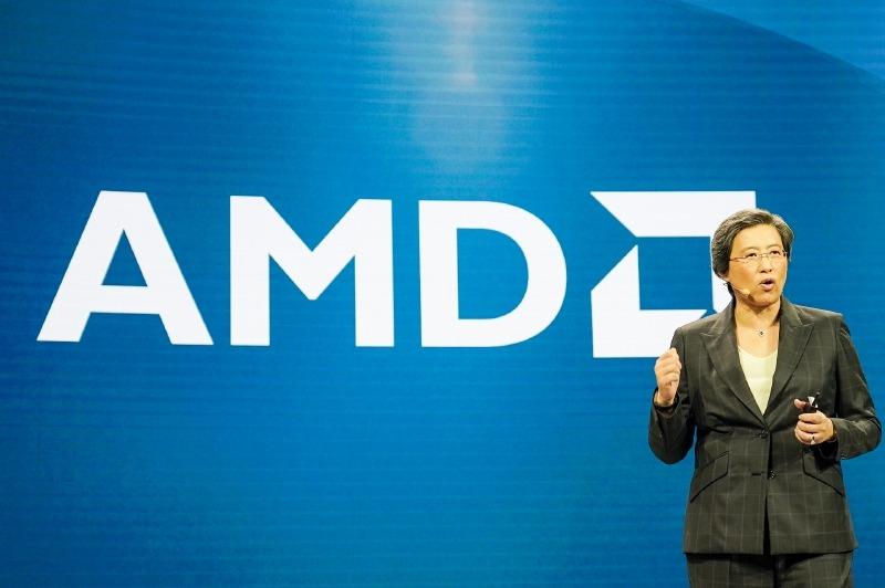 AMDの発表会で講演するAMD 社長 兼 CEO リサ・スー氏