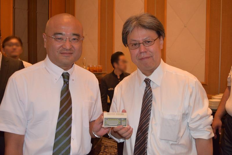 ハル研究所 開発担当ディレクターの郡司照幸氏(左)と、取締役所長の三津原敏氏