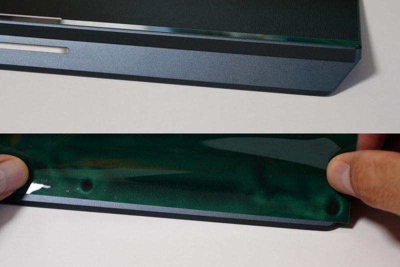 パームレストには磁石が内蔵されているが、あくまでも位置決め用として設計されているようだ