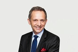 Enrique Lores氏