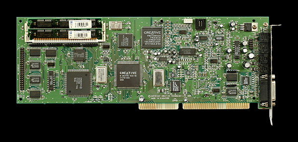 Sound Blaster AWE32(出典Creative Technology)