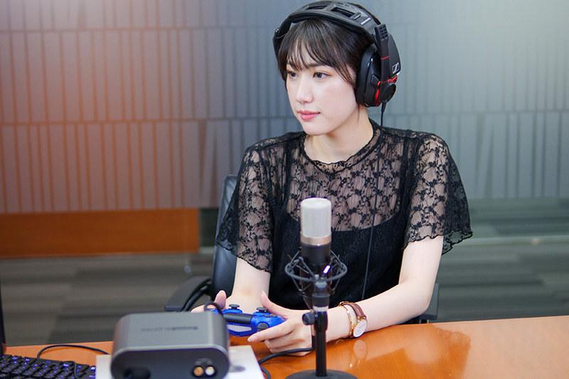 モデルでありコアゲーマーの黒田瑞貴さん。このように美しい人だが……