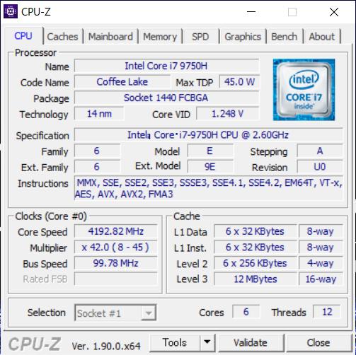 搭載CPUの情報を「CPU-Z」で拾ってみた。6コア12スレッド、ターボブースト時最大4.5GHz動作となる。メモリはDDR4-2400のモジュールが使われている