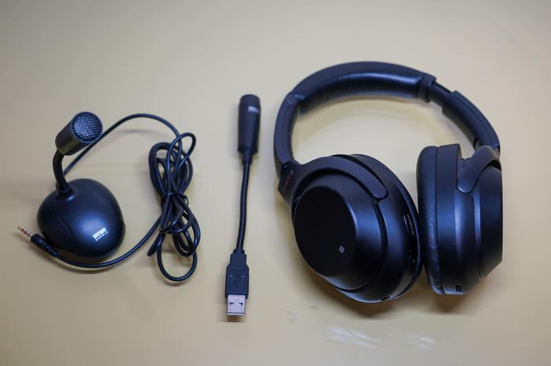 左からPC用アナログ端子マイク(4極)、USBマイク、Bluetoothヘッドセット