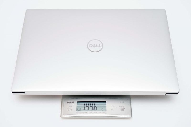 本体の実測重量は1996g。カタログスペックよりかなり軽かったがマージンを大きくとっているのだろう