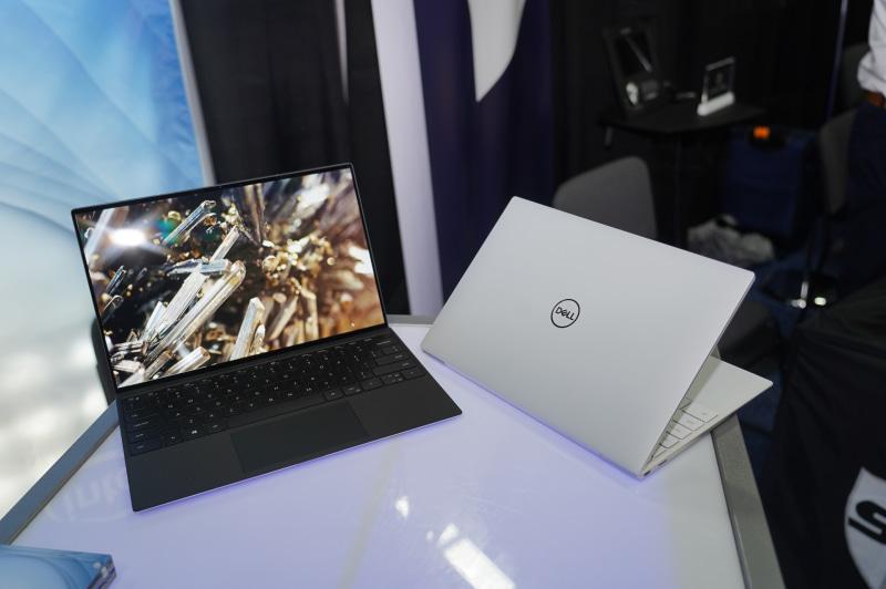 CESで発表されたXPS 13(モデル9300)