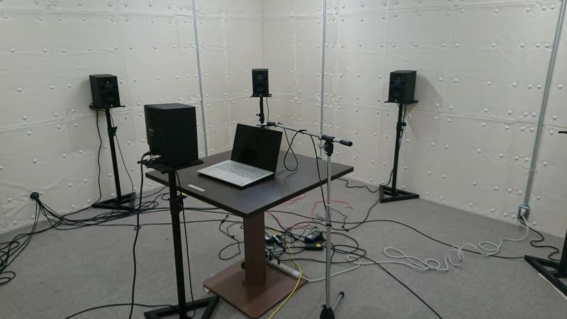 富士通クライアントコンピューティング(FCCL)のR&Dセンターに設置されている音響測定室