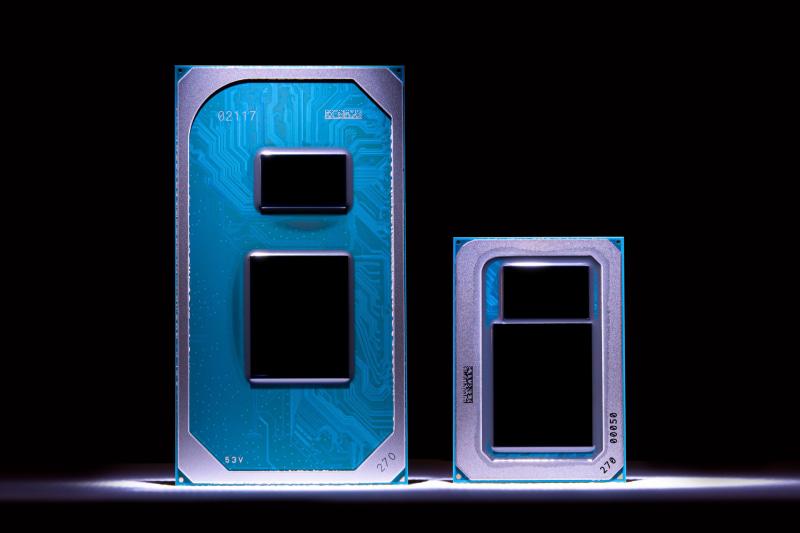 第11世代Coreプロセッサ(Tiger Lake)のパッケージ。左が薄型ノートパソコン用のUP3パッケージで、右がより小型用のUP4パッケージ(出典 : Intel)