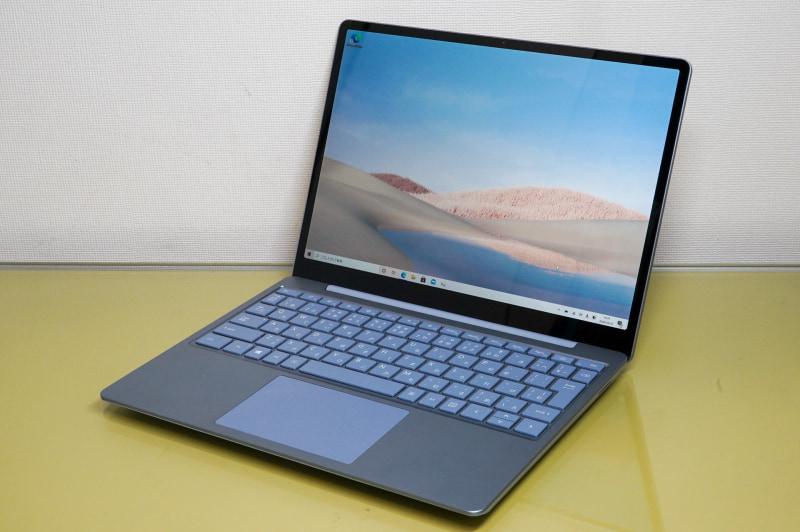 Microsoftが本日発売した「Surface Laptop Go」のアイスブルーモデル