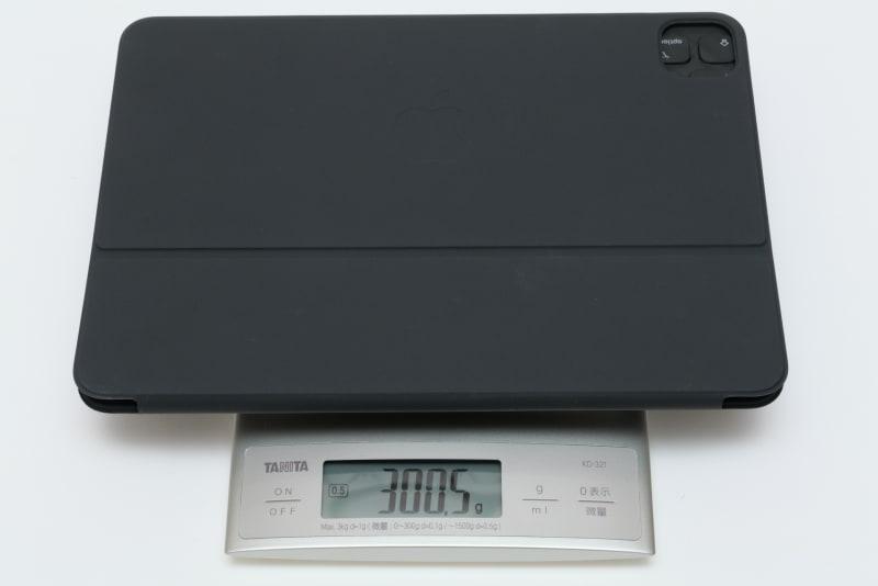 Smart Keyboard Folioの実測重量は300.5g