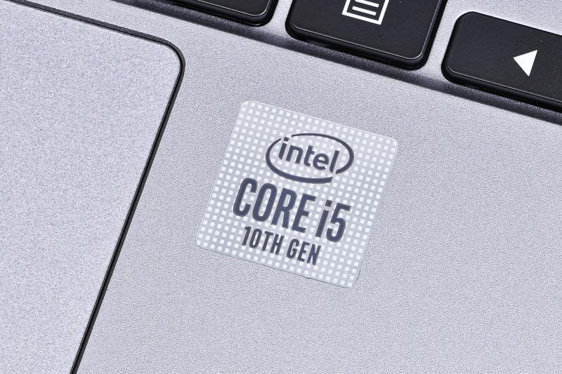 Intelの第10世代Coreプロセッサが搭載されている