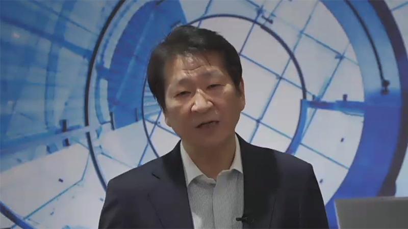 日本HP 代表取締役 社長執行役員 岡隆史氏