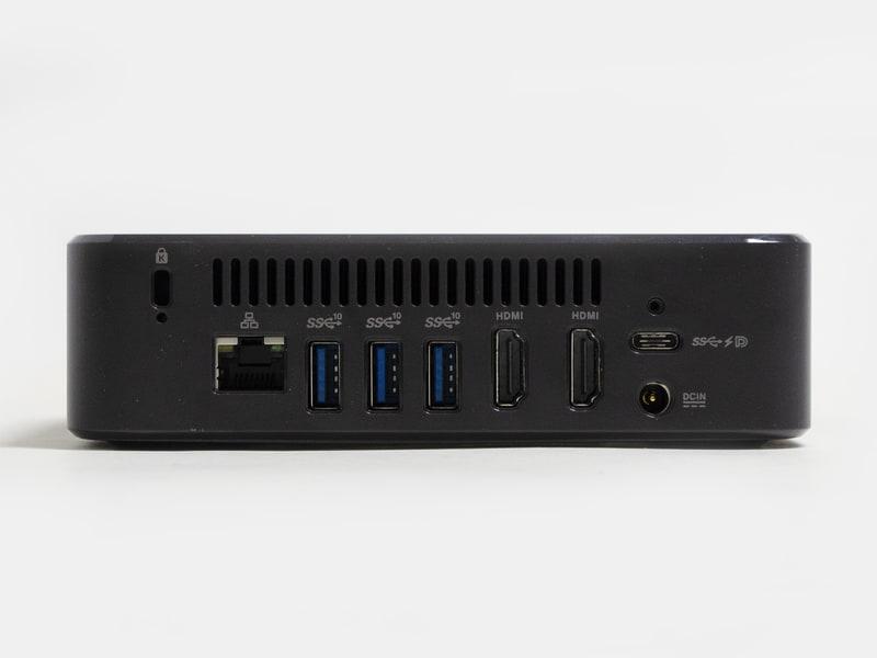 背面。ロックポート、Gigabit Ethernet、USB 3.1×3、HDMI×2、USB 3.0Type-C、電源入力