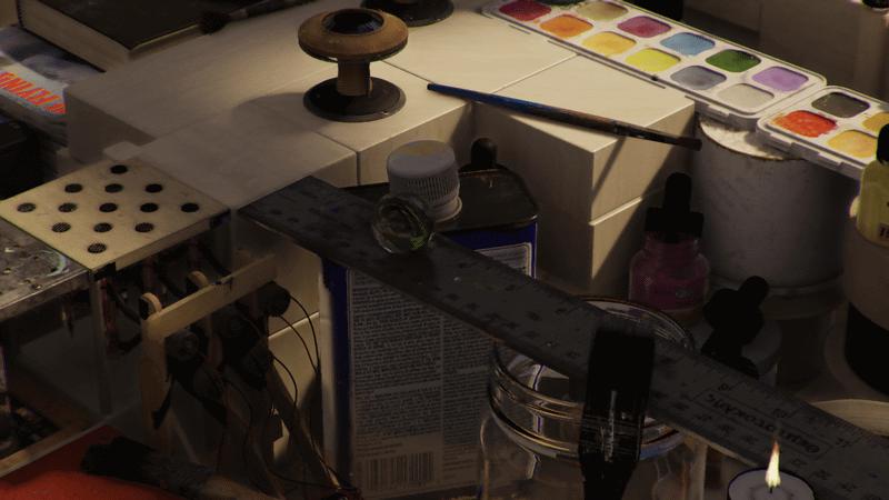 編集部のGeForce RTX 3090環境で試してみたところ。柔らかい影の表現や材質の質感など、至ってリアルだ。ビー玉自体が透明なため、背景は透けて、レンズ屈折により拡大して見える