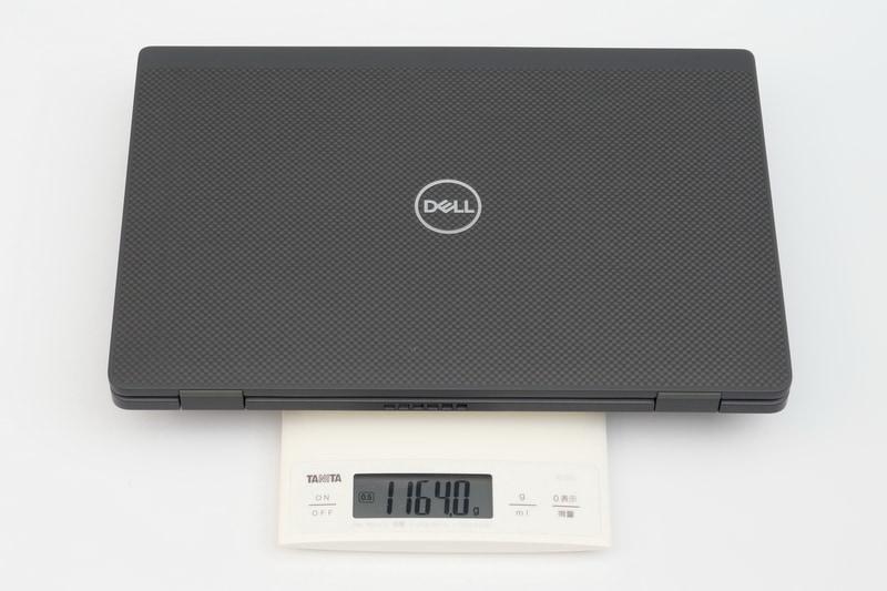 実測の重量は1,164gと公称よりもわずかに重かったが、十分軽快に持ち歩けるだろう