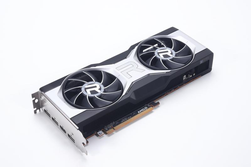 Radeon RX 6700 XTのリファレンスモデル。GPUの動作クロックは標準仕様よりも高く設定されている