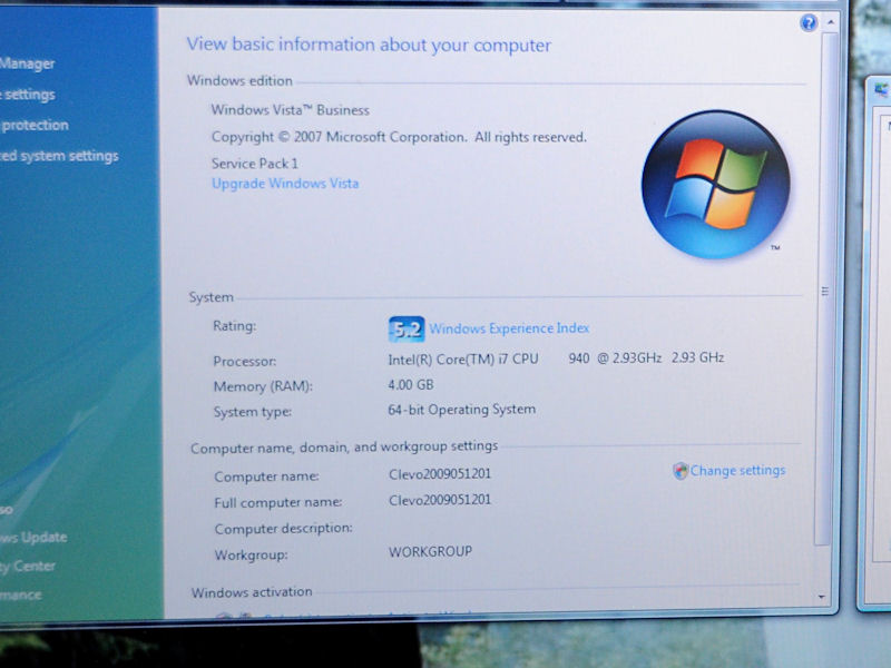 展示機ではCore i7-940を搭載。ほかのCore i7の選択も可能。グラフィックはGeForce GTX 280Mを搭載する。XMスロットは1基でSLIはサポートしていない