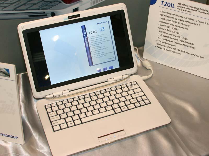 T20ILはいわゆるC-ULVを搭載した薄型ノートPC。CPUはCeleron 723、メモリは2GB、チップセットはGS40+ICH9M。2.5インチのHDDを内蔵可能で、11.5インチ液晶(1,366×768ドット)、4セルないしは8セルのバッテリを装着可能で、295×200×24.6~25.3mm(同)、1.2kg(4セルバッテリ時)を実現している