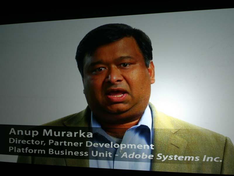 ビデオレターで登場したAdobe System プラットフォームビジネスユニット パートナー開発 ディレクター アヌープ・ムラッカ氏