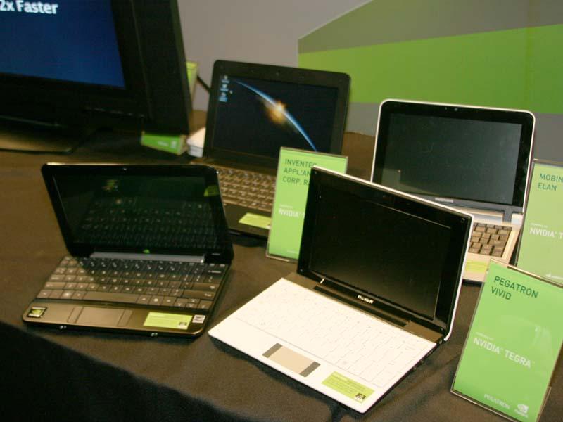 Tegraの発表会で展示された各社のTegra搭載ネットブック
