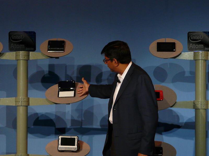 壇上には現行のAtomを採用したMIDがずらり展示