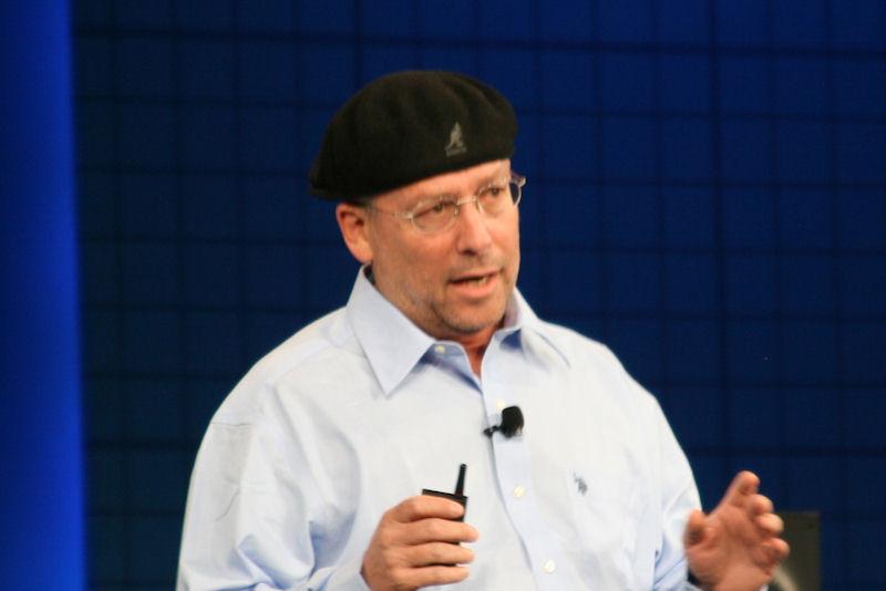 Intel副社長兼PCクライアント事業部 事業部長のムーリー・イーデン氏