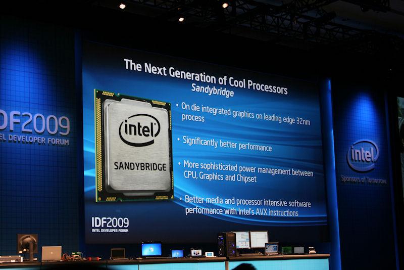 Sandy Bridgeでは、AVX命令セットなど新しい機能が追加される