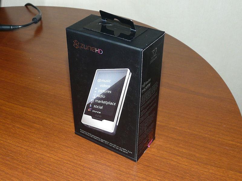 Zune HDの化粧箱。コンパクトにまとまっている