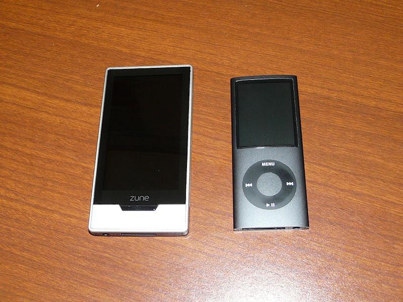 iPod touchがなかったので、iPod nanoとの比較