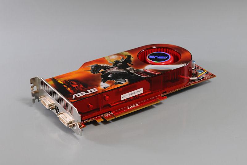 """【写真6】Radeon HD 4890を搭載する<a href=""""http://www.asus.co.jp/products.aspx?l1=2&amp;l2=8&amp;l3=933&amp;l4=0&amp;model=2961&amp;modelmenu=1"""">「ASUSTeK EAH4890/HTDI/1GD5」</a>"""