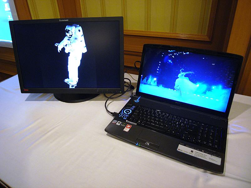 AcerのDisplayPort搭載ノートPC