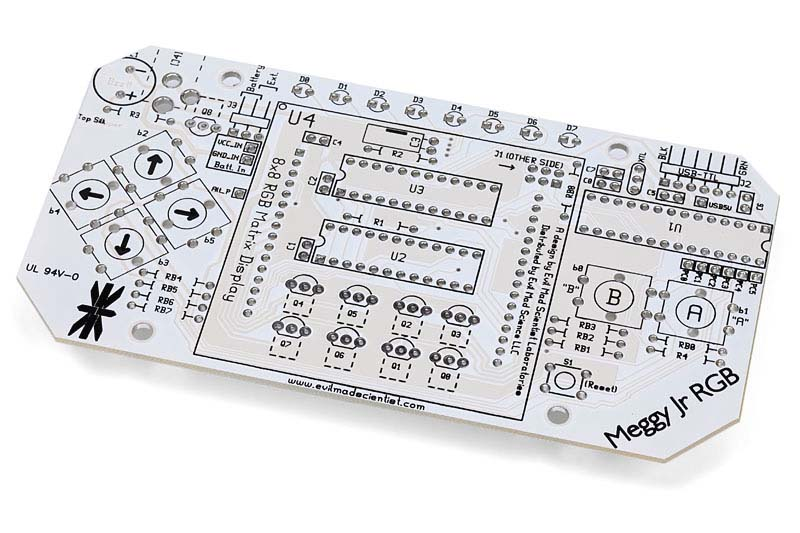 プリント基板に自分で部品をハンダ付けします。この回路はArduinoと互換性があり、Arduinoの開発環境上で専用のライブラリを使うことにより、オリジナルのプログラムを開発することができます