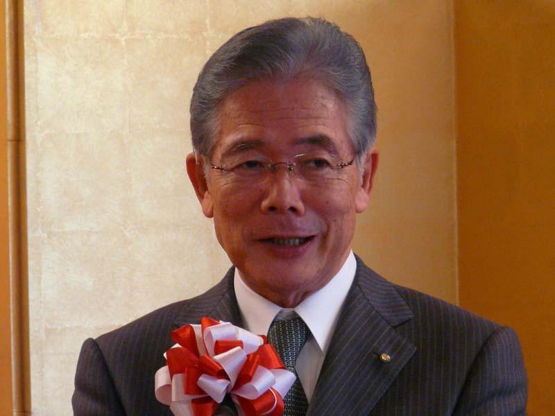 直会に出席した大阪市の平松邦夫市長