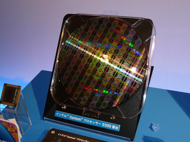 Itanium 9300のウェハ