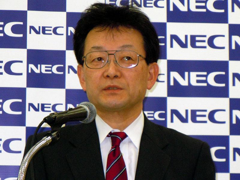 NECパーソナルプロダクツ 執行役員常務 高塚栄氏