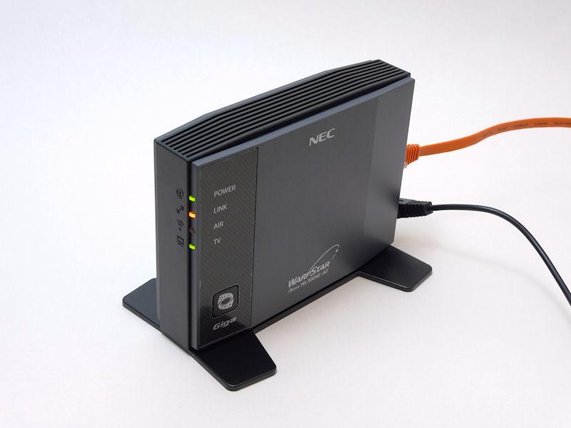 親機と接続中の状態。LINKランプが橙なのは5GHz帯で接続していることを示している(2.4GHz帯の時は緑)