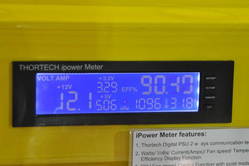iPower Monitorのデモ。表示上は、90%の効率で動作していることも確認できる