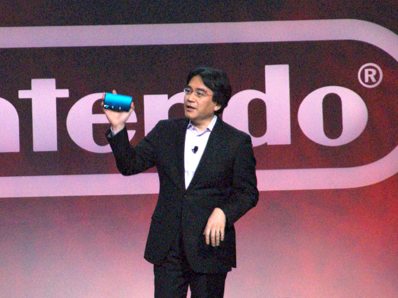 3DSを初披露する岩田聡氏