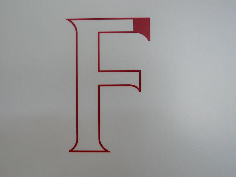 富士通の新グラフィックは「F」の文字からとったもの