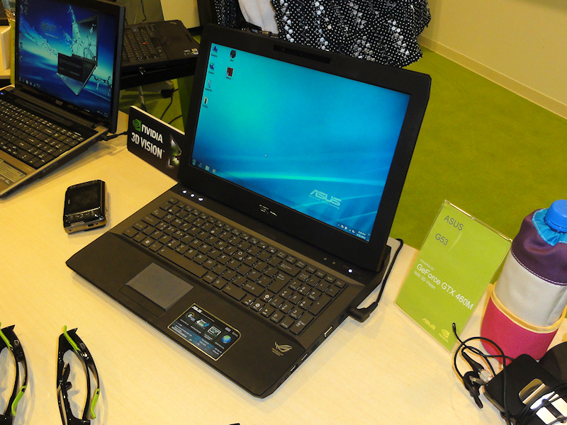 同じくASUSTeKのGeForce GTX 460M搭載「G53」