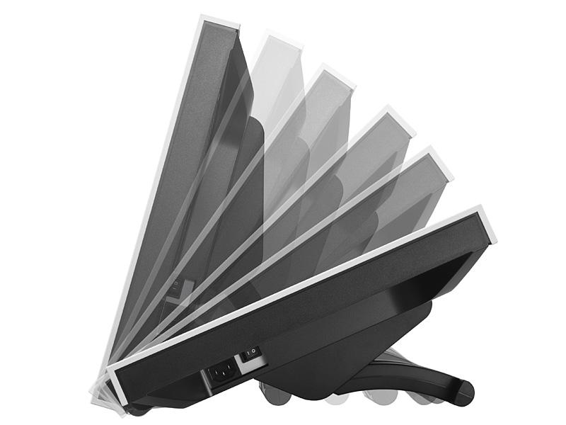 LaidBack Standの採用で、チルト角を6段階に調節できる