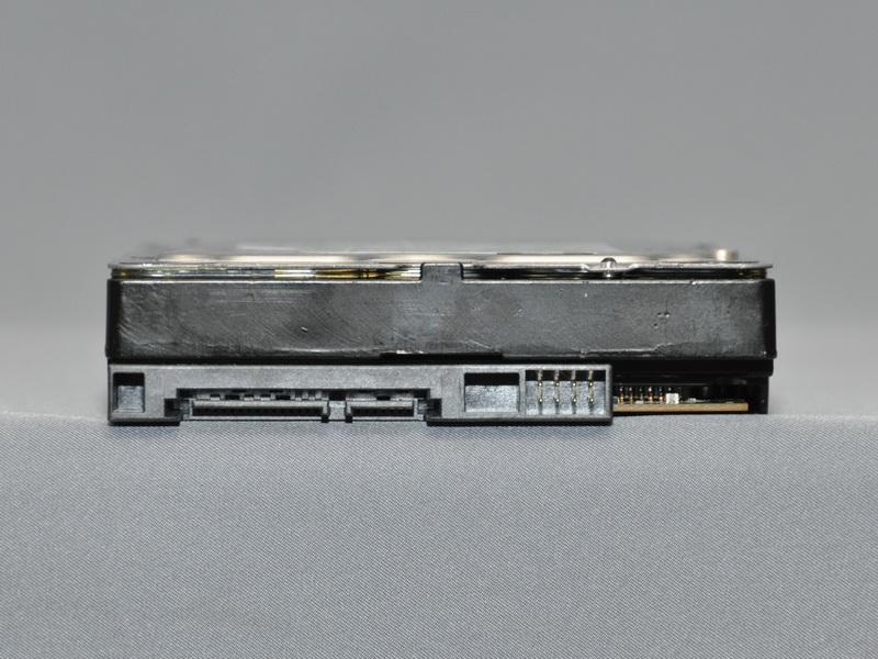 接続インターフェイスは従来モデル同様SATA IIだ