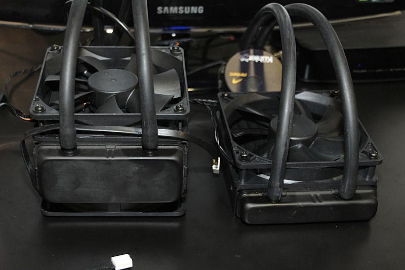 左がKuhler H2O 920、右がKuhler H2O 620。920にはファンが二つ付いているものの、ラジエータ部の厚みに差があることがわかる