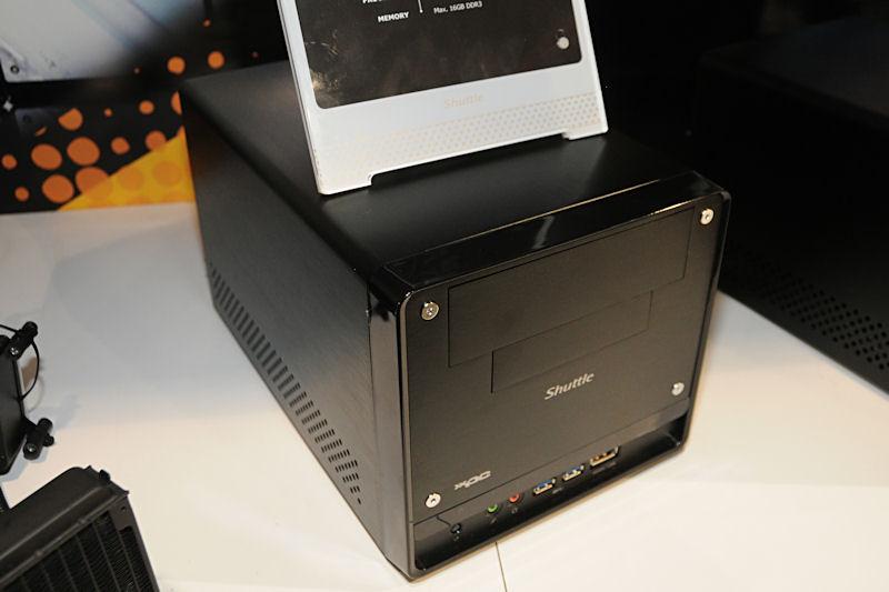 Intel H67搭載マザーを組み合わせたSandy Bridge対応キューブ「Shuttle H3シリーズ」