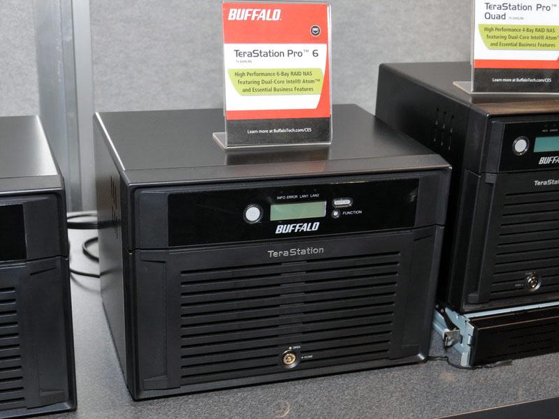 こちらは、HDDを6台内蔵できる「TeraStation Pro 6」。本体の形状はTeraStation Pro 8と同じだ