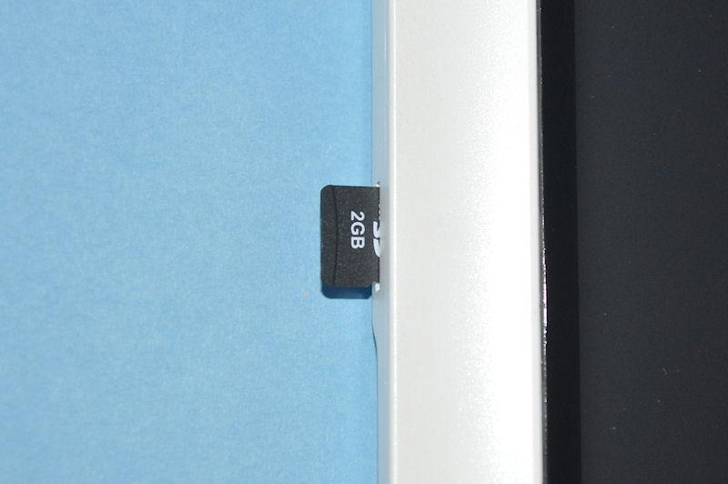 microSDカードスロット部分のアップ