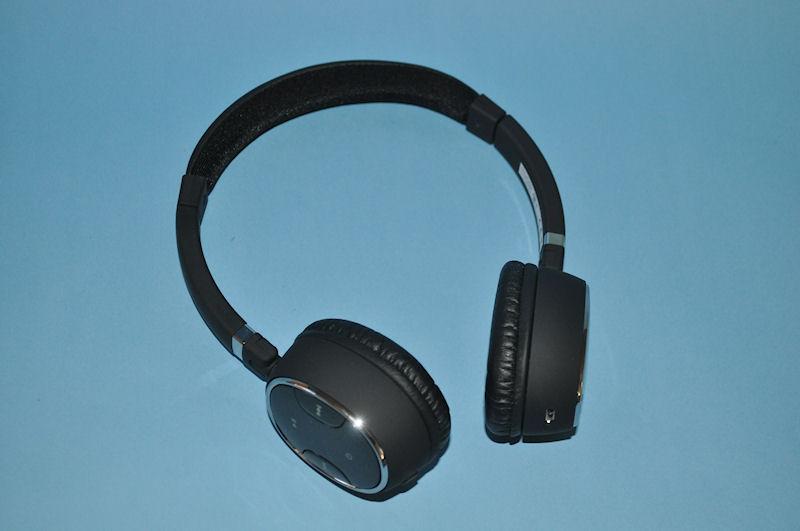 ZiiOと組み合わせて利用するのに最適な、高音質Bluetoothヘッドフォン「Creative WP-300」。apt-Xに対応している